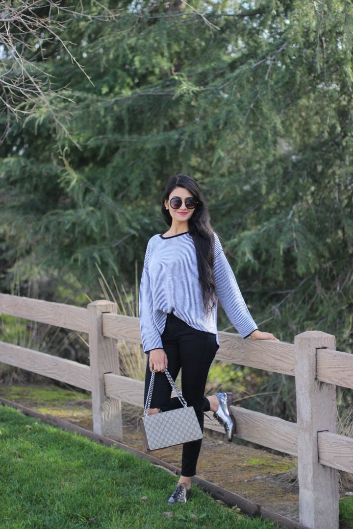 Monochrome stripe sweater
